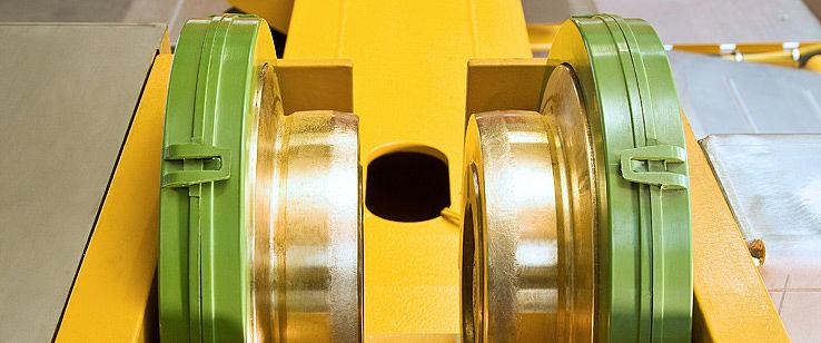 عجلات شركة شتال و شركة فرست للتصنيع و نظم الأوناش